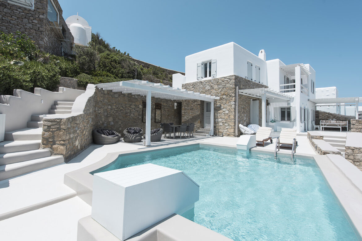 Luxury Maisonette with Private Pool & Sea View (1A)